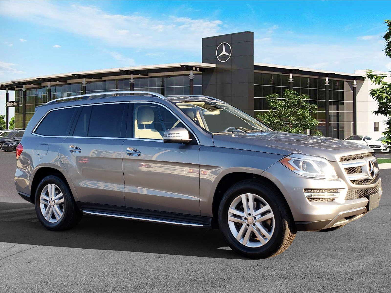 Certified Pre-Owned 2016 Mercedes-Benz 450 4MATIC® SUV