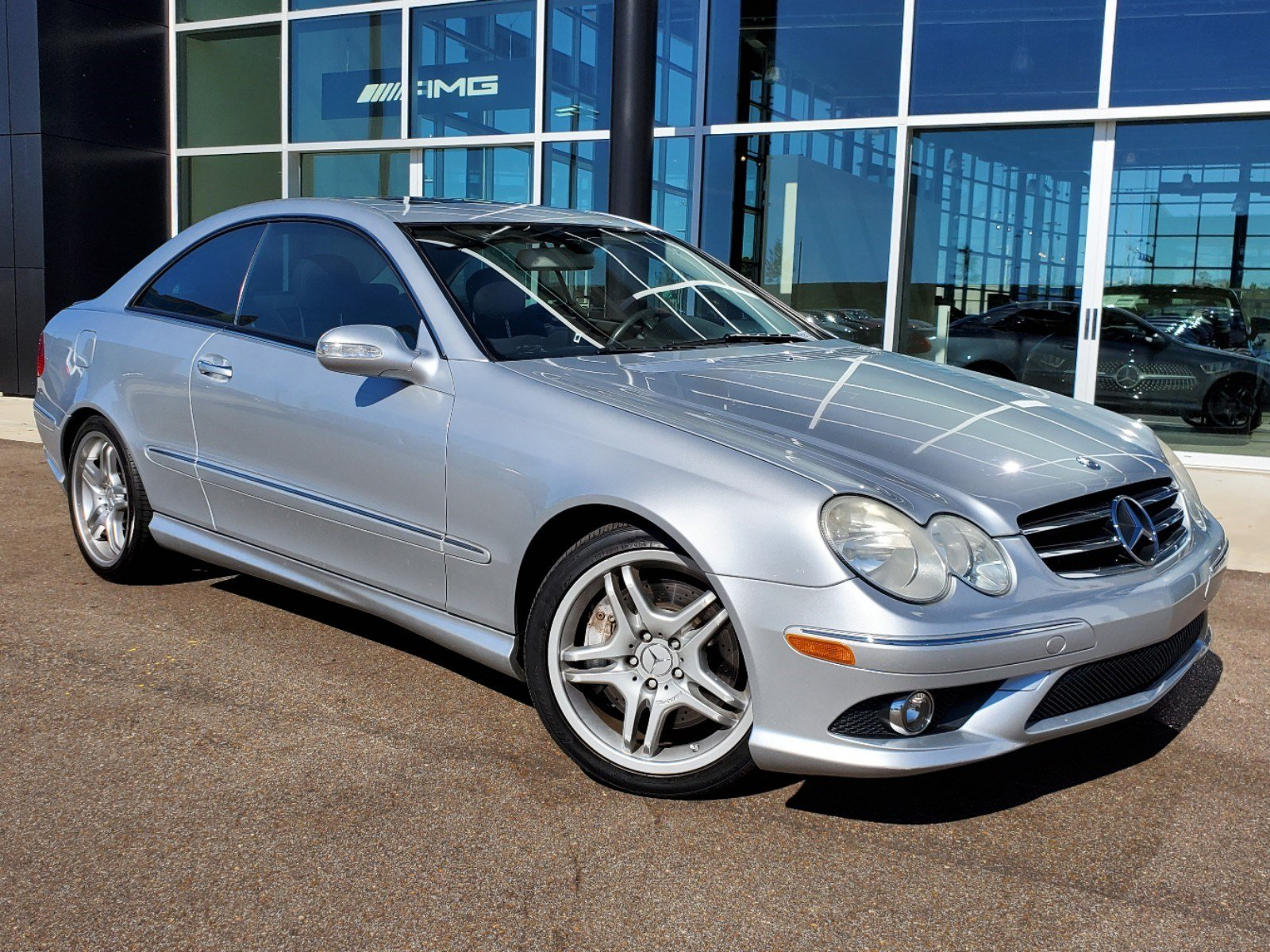 Pre-Owned 2009 Mercedes-Benz CLK CLK 550