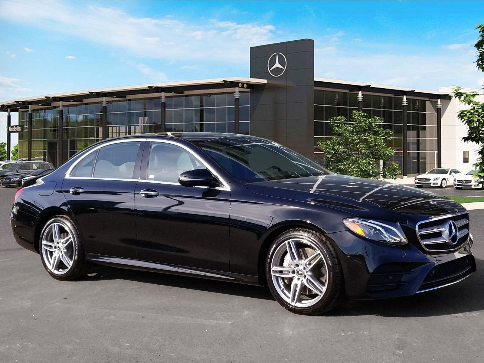 Certified Pre-Owned 2018 Mercedes-Benz E 300