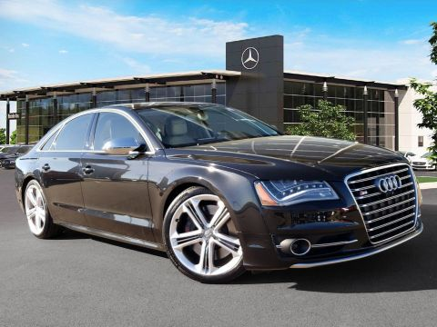 Pre-Owned 2014 Audi S8 4.0T